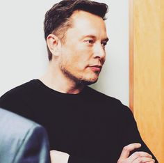 Dear lord why is he so sexy… 😍😍 Elon Reeve Musk, Elon Musk Tesla, Kevin Spacey, I Want To Cry, Meme Lord, Man Crush, Beautiful People, Bae, Space Boy