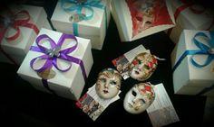 Bomboniere veneziane decorate a mano ..visita il nuovo sito e-commerce www.maskerelle.it
