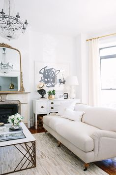 Most of us have selected a style for our home's living room design and try Cute Dorm Rooms, Cool Rooms, Living Room Furniture, Living Room Decor, Interior Exterior, Interior Design, Ikea Interior, Scandinavian Interior, Decoration Chic