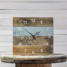 Horloge murale en bois style rustique et industriel - Cloison en palette ...