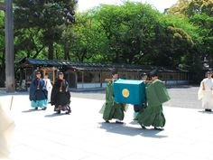 http://www.yasukuni.or.jp/photo/