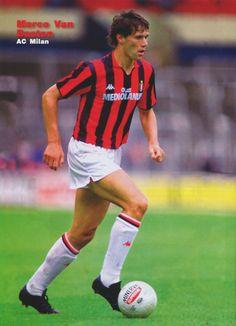 Marco Van Basten, probabilmente il miglior giocatore che abbia indossato la maglia rossonera