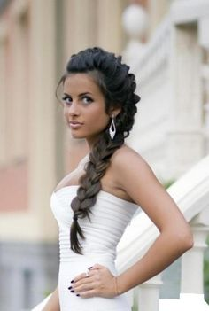Side braid hairstyles for weddings side braided hairstyles for wedding prom popular haircuts lulus how to winding side braid hair tutorial Side Braid Hairstyles, Braided Hairstyles For Wedding, My Hairstyle, Pretty Hairstyles, Hairstyle Ideas, Mohawk Braid, Bridal Hairstyles, Summer Hairstyles, Beautiful Haircuts