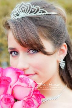 The portraits. See more here: http://www.houston-quinceanera-photographer.com/2014/01/paquetes-de-foto-video-para.html: