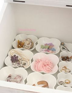 Looking for a new way to organize my jewelry