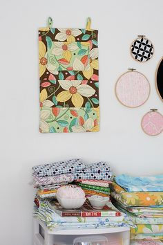 DIY -Super easy & super cute #wall_organizer! Great for the craft room!