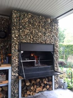 Outdoor Bbq Kitchen, Outdoor Barbeque, Backyard Barbeque, Backyard Kitchen, Outdoor Kitchen Design, Outdoor Cooking, Backyard Patio Designs, Small Backyard Landscaping, Outdoor Rooms