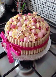 Chocolate cake decoration birthday girls ideas - Sophia's 6 birthday Moana style - Torta Candy, Candy Cakes, Cupcake Cakes, Sweetie Birthday Cake, Sweetie Cake, Sweetie Cupcakes, Cupcake Birthday Cake, Birthday Cake Girls, 30th Birthday
