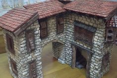 Foro de Belenismo - Paso a paso -> Una casita para el belen Tiny House, Cabin, House Styles, Portal, Home Decor, Rustic Homes, Birth, Dioramas, Roof Tiles