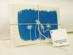 http://www.etsy.com/es/listing/109106547/cyanotype-handmade-card-with-envelope?ref=sr_gallery_10_search_query=cianotipia_order=most_relevant_view_type=gallery_ship_to=ES_search_type=all_facet=cianotipia