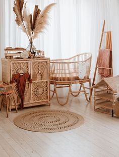 Rattan musical toys- Rattan musical toys in the rattan Rattan Musikspielzeug- Rattan-Musikspielzeug in der Rattankindertagesstätte -… Rattan musical toys – rattan musical toys in the rattan nursery – …– - Boho Nursery, Nursery Neutral, Nursery Room, Girl Nursery, Nursery Decor, Nursery Themes, Nursery Ideas, Baby Bedroom, Baby Room Decor