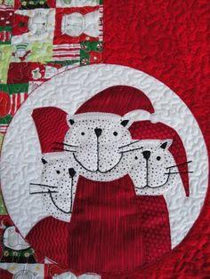 "Mrs Moen: ""Santa's cats"" table runner (Norway)"