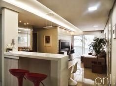 Cozinha, sala de jantar e sala de Tv integrados