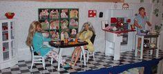 Lisa's Barbies - Ken cooks breakfast. Barbie diorama.
