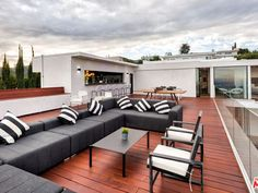 Recently Sold Homes in 90046 - 30 Transactions Smart Home Automation, Luxury House Plans, Los Angeles Homes, Home Design Plans, Modern Luxury, Great Rooms, My Dream Home, Home Projects, Perfect Place