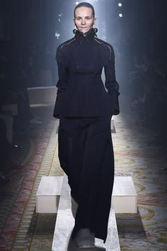 Undercover Fall 2015 Ready-to-Wear - Collection - Gallery - Style.com