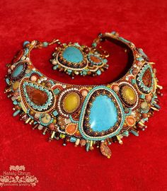 Beautiful embroidered jewelry by Nataly Uhrin (part 3)