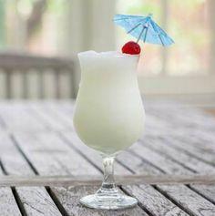 Egy finom Virgin pina colada (ananász-kókusz turmix) ebédre vagy vacsorára? Virgin pina colada (ananász-kókusz turmix) Receptek a Mindmegette.hu Recept gyűjteményében!