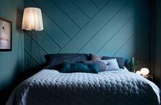 Eftersom sovrummet är ganska litet valde Daniel bort sänggavel men han vill ändå ha någon typ av effekt, så han satte upp lister på diagonalen. Hemma hos Daniel Heckscher_7