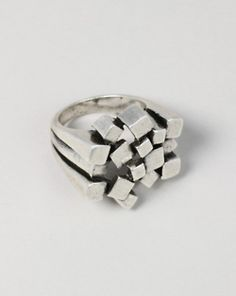 Metal bars ring