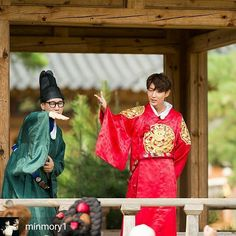 This part is really funny: I say Joon Gi you say Emperor lol.. Make some noise! (Lee Joon Gi - Running Man ep. 314)