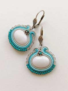 Paper Earrings, Soutache Earrings, Handmade Necklaces, Handmade Jewelry, Soutache Tutorial, Polymer Clay Charms, Shibori, Jewelry Crafts, Jewels
