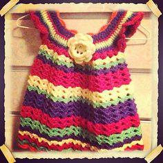 Girl's Lace Pinafore: free pattern