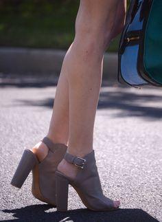 StalkingShoes2.png