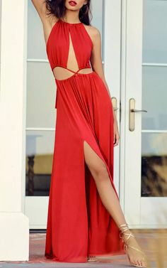 Dare to bare in the Sultry Something Coral Red Backless Maxi Dress! Soft jersey knit falls from adjustable spaghetti straps, into a sexy crisscrossing, cutout bodice. Full maxi skirt, and tying open back with elastic for fit. Best Maxi Dresses, Backless Maxi Dresses, Sexy Dresses, Girls Dresses, Casual Dress Outfits, Casual Shorts, Cutout Dress, Online Dress Shopping, Latest Dress