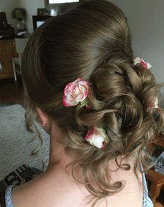 Bride Hair Flowers, Bride Hairstyles, Fashion, Hairstyles For Brides, Moda, Bridal Hairstyles, Fashion Styles, Bridal Hair Accessories, Fashion Illustrations