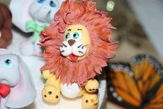 Lion lion  Sugar paste figurine