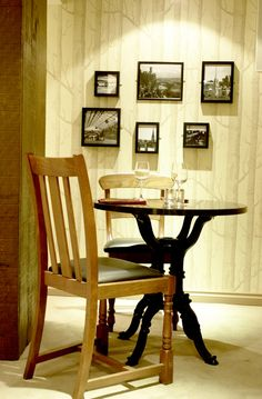 Gastro pub table & chair