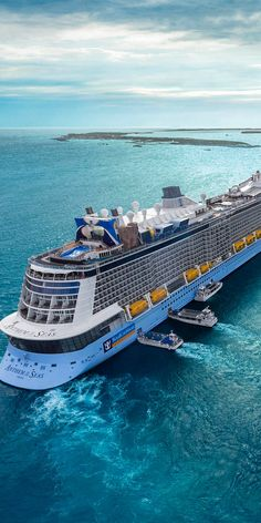 "Fantastic ""royal caribbean ships"" detail is available on our site. Read more and you will not be sorry you did. Cruise Travel, Cruise Vacation, Vacation Trips, Honeymoon Cruises, Royal Caribbean Ships, Royal Caribbean Cruise, Romantic Vacations, Romantic Getaway, Crucero Royal Caribbean"