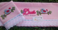 Toalhas de Rosto e Banho bordadas em Ponto Russo, passarinho - Facebook: Biartes Bordados