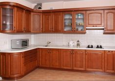 Depending on your needs and criteria, the best material for kitchen cabinets can vary between plywood, MDF and natural wood. Kitchen Cupboard Designs, Kitchen Cabinet Styles, Kitchen Room Design, Modern Kitchen Cabinets, Home Decor Kitchen, Interior Design Kitchen, Kitchen Furniture, Furniture Stores, Cabnits Kitchen