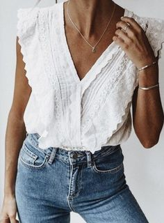 ruffle button top + levis jeans + silver jewelry | #best casual outfits for women for the daytime | white and denim outfits #ootd #outfits