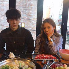 Yunhyeong and Eunjin both gorgeous family of models Ikon Songs, Ikon Member, Koo Jun Hoe, Kim Jinhwan, Ikon Debut, Ikon Kpop, Korean Music, Yg Entertainment, A Team