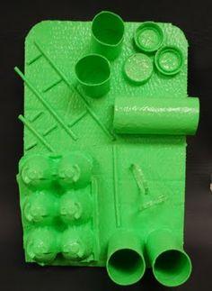 recycled object relief sculptures, for Art class Primary School Art, Middle School Art, Elementary Art, Sensory Art, Sculpture Lessons, Jr Art, 4th Grade Art, Recycled Art, Art Club