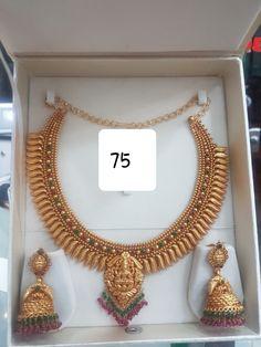 Bridal Bangles, Bridal Ring Sets, Bridal Jewellery, Gold Bangles, Jewellery Earrings, Diamond Jewellery, Jewelery, Antique Jewellery Designs, Gold Jewellery Design