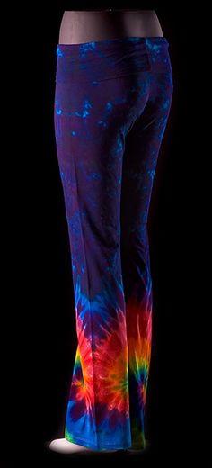 Tye Dyed yoga pants...definite want!
