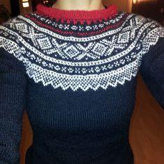 Norwegian sweater mariusgenser , red, black and white Red Black, Black And White, Thick Sweaters, Pull, Crocheting, Knit Crochet, Diy Ideas, Knitting, Handmade
