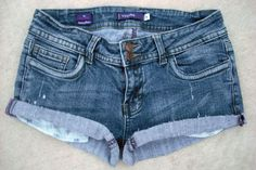 Vigoss Double Button Low Rise Cut-Off Shorts Jeans Pants Sz 5- $19.99