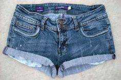 Vigoss Double Button Low Rise Cut-Off Shorts Jeans Pants Sz 5- $19.99