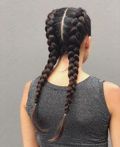Che piani hai per il fine settimana? Preparati al … – - Boxer Braids - Coins - Hot Box Braids Hairstyles, Braided Hairstyles Tutorials, Trendy Hairstyles, French Braid Hairstyles, Curly Hair Styles, Natural Hair Styles, Mermaid Hair, Hair Tools, Hair Lengths