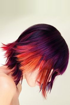 Highlight your head with multi-toned flashy hair colors