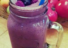Berry Cheesecake Green Smoothie Recipe -  Very Delicious. You must try this recipe!