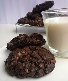 Galletas de chocolate con pepitas de chocolate. Parecidas a las B/N bizcochonas en la preparación, habrá que probarlas.