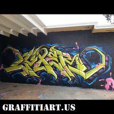 #graffiti #graffiti art Graffiti Alphabet, Street Art Graffiti, Urban Art, Neon Signs, Lettering, Painting, Culture, Cook, Classic