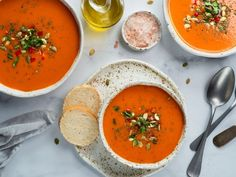 Courriel - chantal martineau - Outlook Gazpacho, Gaspacho Soup, Top View, Food Preparation, Thai Red Curry, Traditional Bowls, Vegan Recipes, Meals, Ethnic Recipes