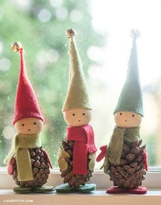 These darling Pine Cone Elves are easy to make and go perfectly with any Christmas decorations!